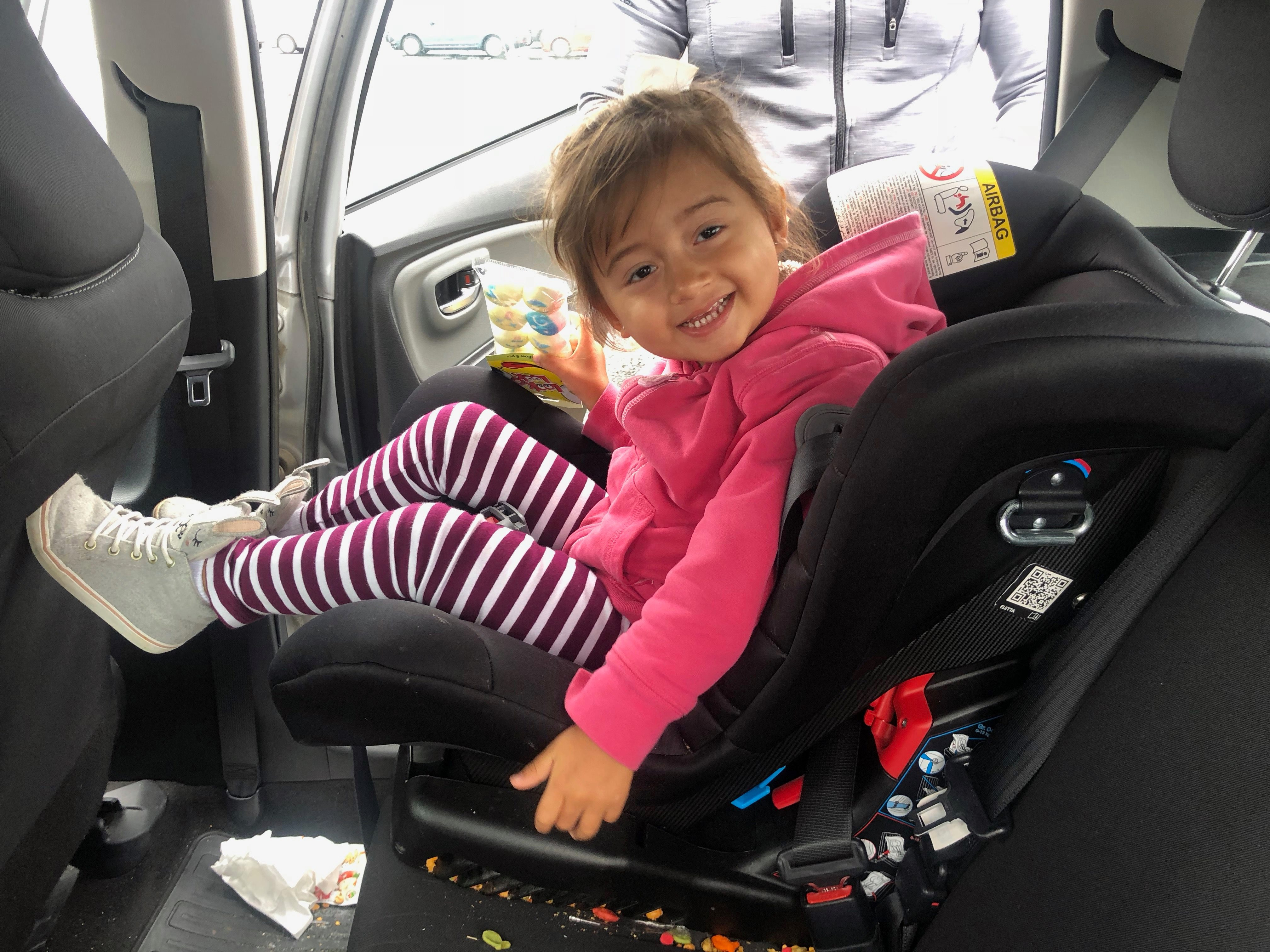 Our Daughters Regular Every Day Car Seats That Permanently Live In Personal Vehicles Jeep Mexico And SUV Canada Are Diono Convertible